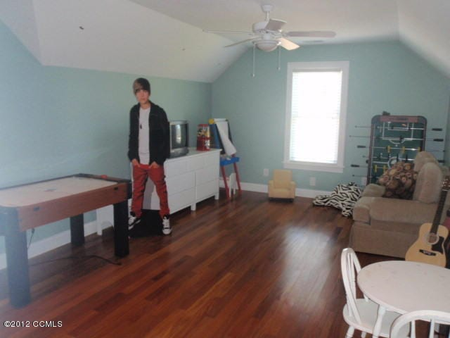 Bonus Room with Justin Bieber