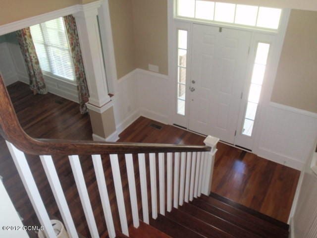Home Entry Staircase