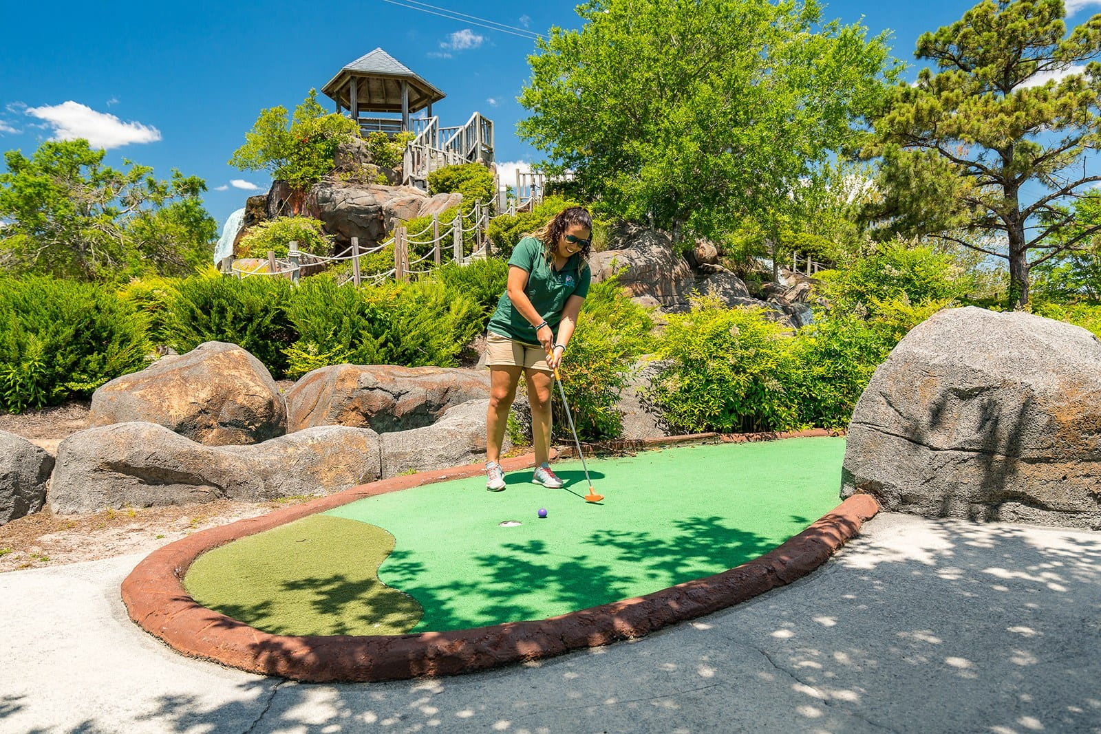 Outdoor family fun on the crystal coast, mini-golf