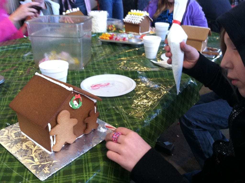 Gingerbread House, make a Gingerbread house, morehead city event making gingerbread houses